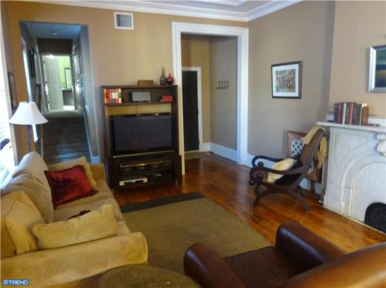 Perfect 2 bed/2 bath rental in Fairmount Brownstone